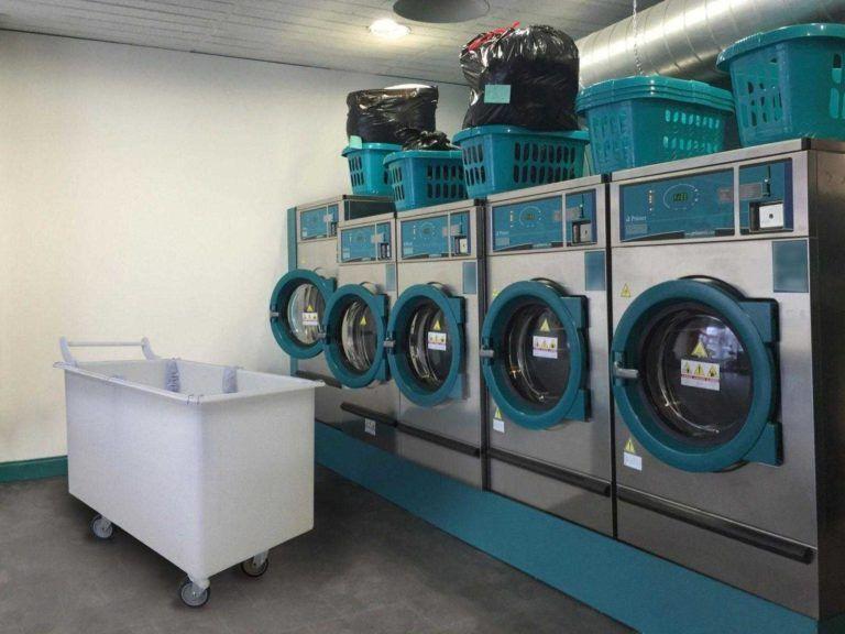 imagem carrinho cuba ergonomico de plastico macam brasil lavanderia